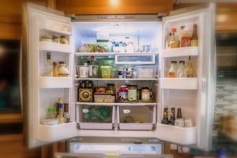 10 признаков того, что вам нужно поменять холодильник